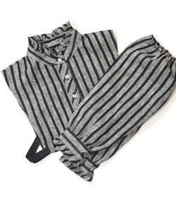 Stripped collar and sleeves set