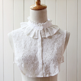 Lace sweet collar