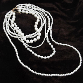 Multi layers pearl necklace