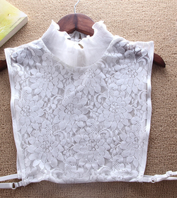 High neck lace collar